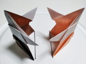 100均アイテムで紙相撲(トントン相撲)の土俵を作ろう! | まっちゃんの「子どもの遊び場」インフォ!