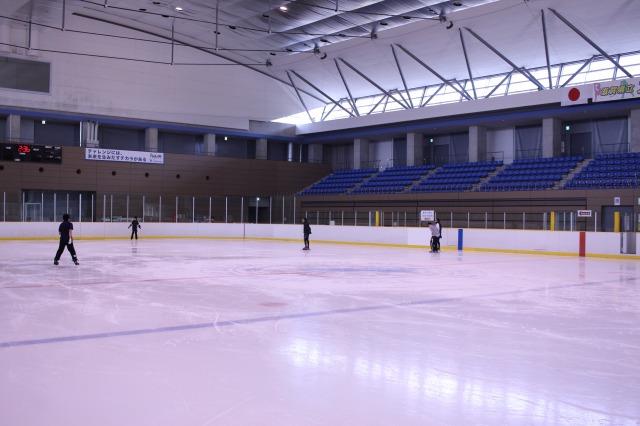 滋賀県立アイスアリーナへ行ってきた!3シーズン楽しめるスケート場!