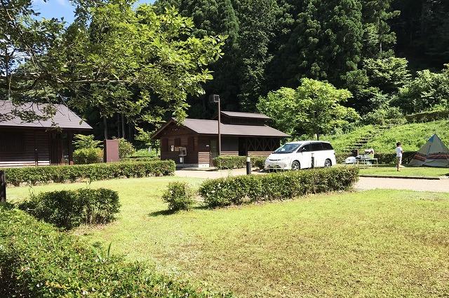 滋賀県のおすすめコテージ・キャンプ場10選! 料金や予約開始時期一覧