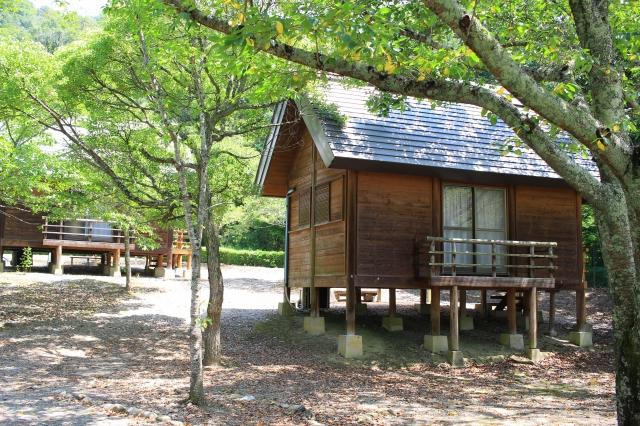 竜王町の妹背の里へ行ってきた! 大型遊具、水遊び、バーベキュー、バンガローなどが楽しめるキャンプ場 | ...